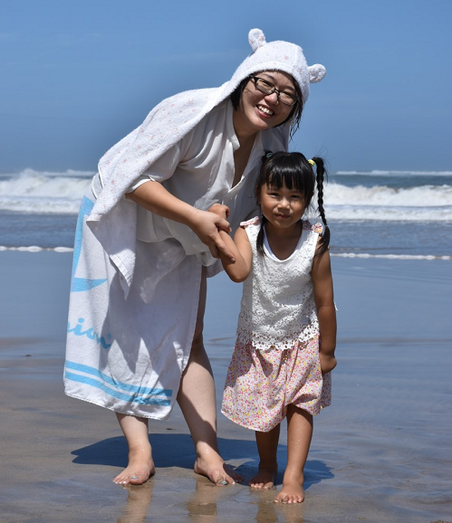 Maiko and Daughter